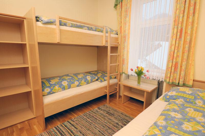 Beispiel unserer Zimmer im Stoahaus (Dependance - Nebengebäude)